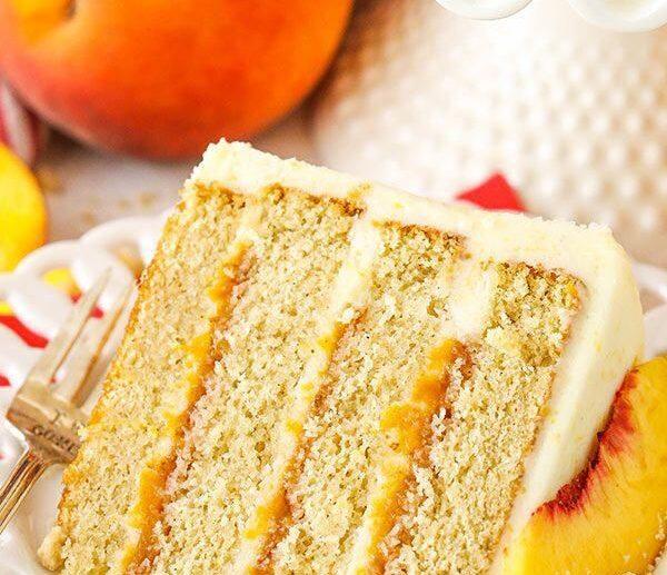 maskaprones persiku kūka