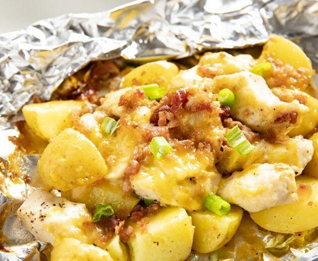 Kartupeļi folijā