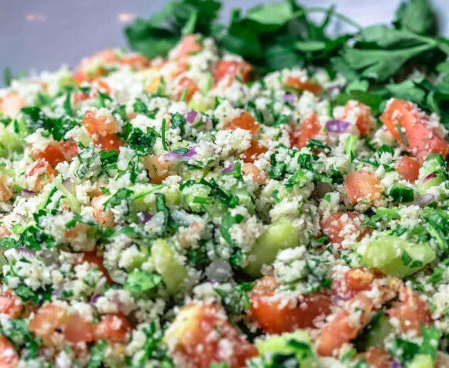 ziedkāpostu salāti