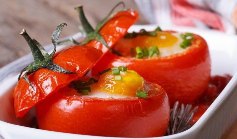 pildīti tomāti
