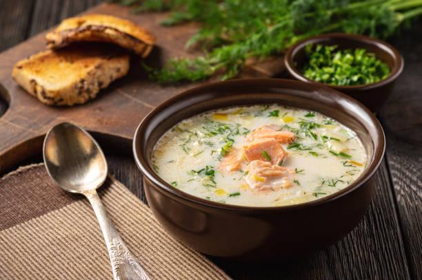 zivju zupa ar puraviem